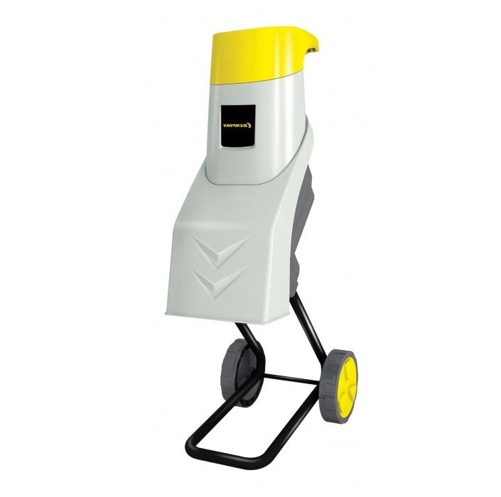 Измельчитель Champion SH250Измельчители садовые<br>Электрический измельчитель CHAMPION SH250 используется для переработки мусора в компостное сырье. Двигатель инструмента защищен от перегрузок, что повышает его износостойкость и срок службы. Режущим механизмом измельчителя являются ножи, которые изготовлены из закаленной стали. Для более комфортной работы аппарат оснащен системой снижения вибрации.<br><br>Потребляемая мощность, Вт: 2500<br>Макс. ? ветвей: 40 мм