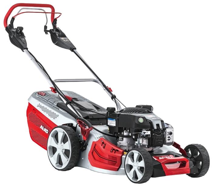 Газонокосилка AL-KO 119738 Highline 526 VSIГазонокосилки и триммеры<br><br><br>Тип: газонокосилка самоходная, привод задний<br>Тип двигателя: бензиновый, четырехтактный<br>Ширина скашивания, см: 51<br>Регулировка высоты скашивания: есть<br>Тип травосборника: жесткий<br>Мощность двигателя (Вт): 2700<br>Мощность двигателя (л.с.): 3.60