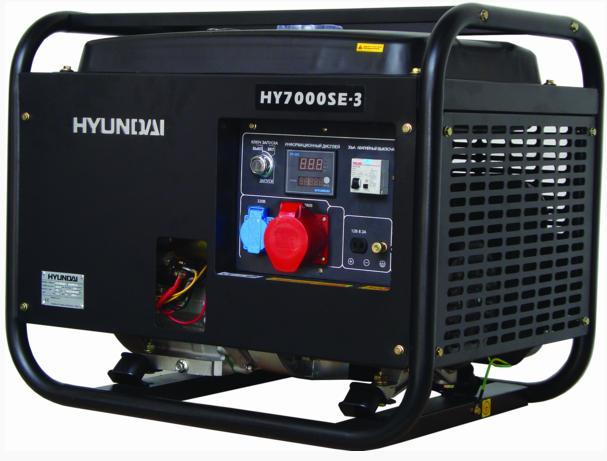 Электрогенератор Hyundai HY7000SE-3Электрогенераторы<br><br><br>Тип электростанции: бензиновая<br>Тип запуска: ручной, электрический<br>Число фаз: 3 (380/220 вольт)<br>Мощность двигателя: 13 л.с.<br>Тип охлаждения: воздушное<br>Объем бака: 25 л<br>Активная мощность, Вт: 6200<br>Звукоизоляционный кожух: есть<br>Защита от перегрузок: есть<br>Описание: розетка 380 В