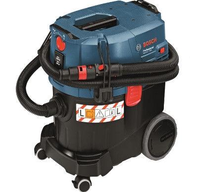 Строительный пылесос Bosch GAS 35 L SFC+ [06019C3000]Пылесосы<br>Универсальный пылесос Bosch Professional GAS 35 L SFC&amp;#43; сертифицированный по классу L, для влажного и сухого мусора с полуавтоматической очисткой фильтра.<br><br>Особенности:<br>- Автоматика дистанционного выключения<br>- Полуавтоматическая система очистки фильтра Plus &amp;#40;SFC&amp;#43;&amp;#41;<br>- Регулировка силы всасывания на муфте<br>- Ограничение пускового тока<br>- Крепление для установки кейсов L-BOXX<br>- Компактные размеры<br>- Прочная ходовая часть для удобного перемещения с помощью колес которые не оставляют следов<br>- Технические характеристик<br><br>Тип: Строительный пылесос<br>Потребляемая мощность, Вт: 1200<br>Тип уборки: Сухая\влажная<br>Регулятор мощности на корпусе: Есть<br>Пылесборник: Мешок<br>Емкостью пылесборника : 35 л