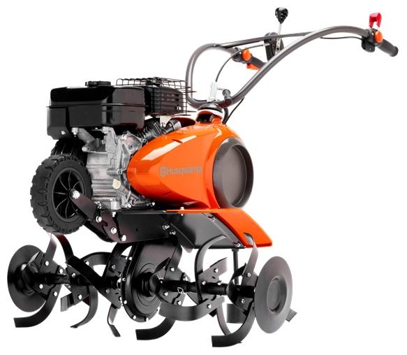 Культиватор Husqvarna TF434PМотоблоки и культиваторы<br><br><br>Тип: культиватор<br>Объем топливного бака: 3.4 л<br>Ширина обработки почвы: 80 см<br>Глубина вспахивания: 30 см<br>Тип двигателя: бензиновый, 4х тактный<br>Производитель и модель двигателя: Subaru-Robin OHC EP17<br>Объем двигателя: 169 куб. см<br>Мощность двигателя: 3.70 кВт / 5.03 л.с. при 3400 об/мин<br>Тип редуктора: цепной<br>Количество передач: 2 вперед, 1 назад
