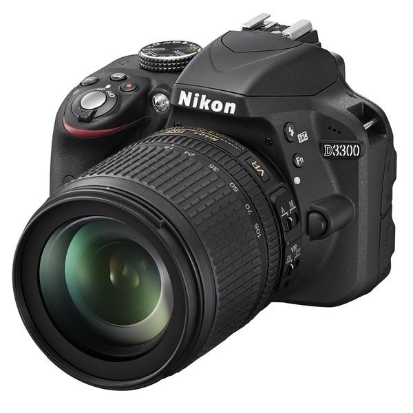 Зеркальный фотоаппарат Nikon D3400 18-105 VR KIT BlackЦифровые зеркальные фотоаппараты<br><br><br>Тип: Цифровая зеркальная фотокамера<br>Стабилизатор изображения: нет<br>Вспышка: есть<br>Кроп фактор: 1.5<br>Тип матрицы: CMOS<br>Число эффективных пикселов, Mp: 24.2 млн<br>Чувствительность: 100 - 3200 ISO, Auto ISO<br>Фокусировка: ручная<br>Режимы замера экспозиции: мультизонный, центровзвешенный, точечный<br>Экспокоррекция: +/- 5 EV с шагом 1/3 ступени