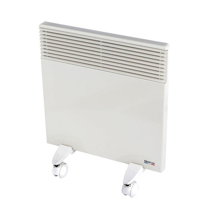 Конвектор Noirot Spot E-3 Plus 1000WОбогреватели<br>Конвектор Noirot Spot E-3 Plus 1000 применяется для основного или вспомогательного обогрева помещений небольшой площади. Данный отопительный прибор оснащен электронным термостатом, брызгозащитным корпусом и защитой от перегрева. Конвектор устанавливается на стену или на пол &amp;#40;ножки в комплекте&amp;#41;.<br><br><br>Тип: конвектор<br>Максимальная мощность обогрева: 1000 Вт<br>Площадь обогрева, кв.м: 10—15<br>Управление: электронное<br>Термостат: есть<br>Защита от мороза : есть<br>Напольная установка: есть<br>Колеса для перемещения: есть<br>Габариты: 420?440?80 мм