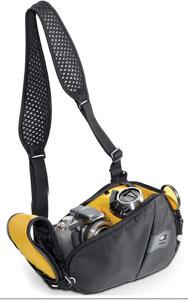 Кофр Kata LighTri-310 DL Torso Pack BСумки, рюкзаки и чехлы<br>Компактная, лёгкая и практичная фотосумка, обладающая отличной функциональностью и вместительностью идеально подойдёт для фото-прогулок по городу – ничего лишнего, только простота и надёжность, универсальность и защита. Главный отдел барсетки состоит из двух неравных по размеру отсеков. Отделение достаточно вместительное, чтобы комфортно расположить в себе компактный фотоаппарат и видеокамеру. Между отсеками находится перегородка, защищающая транспортируемое оборудование от боя и царапин, которые возможны при трении фототехники друг...<br>