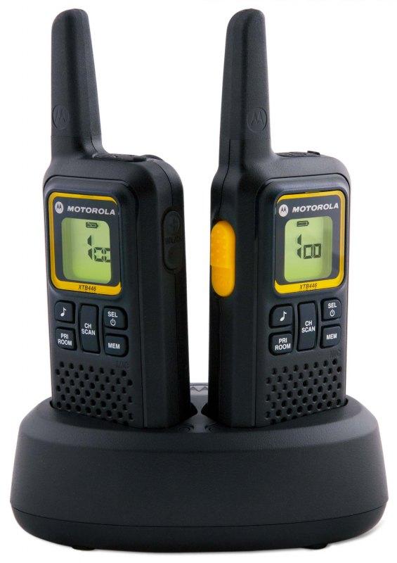 Комплект радиостанций Motorola XTB446Радиостанции<br>Радиостанция безлицензионного диапазона – Motorola XTB 446. Данная модель радиостанции схожа с моделью Motorola XTR 446, основным визуальным отличием является более строгий дизайн. Рация Motorola XTB 446 имеет минимум органов управления, а так же экран. Высокая дальность позволит пользователям работать на расстоянии до 8 км. Удобный и понятный интерфейс позволит эксплуатировать XTB 446 даже начинающим пользователям. Эргономичный корпус выполнен в прочном пластике способном выдерживать не значительные удары. Качественная связь, прочность, высокая производительность,...<br><br>Тип: Комплект радиостанций<br>Стандарт: PMR<br>Диапазон частот: 446-446.1 МГц<br>Радиус действия: 8 км<br>Количество каналов: 8<br>Функция монитора канала связи: есть