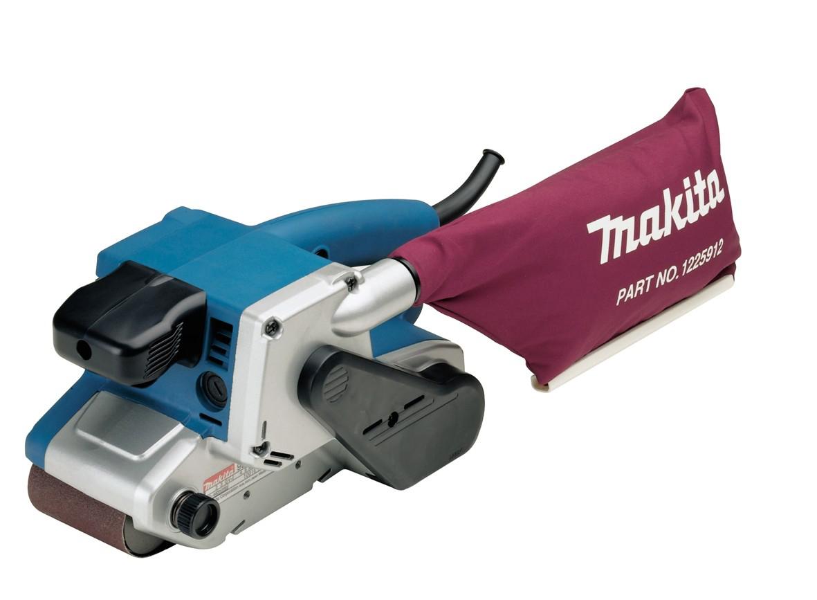 Ленточная шлифмашина Makita 9903Шлифовальные и заточные машины<br><br><br>Длина листа/ленты, мм: 533 мм<br>Ширина листа/ленты, мм: 76 мм<br>Пылесборник: есть<br>Описание: автоматическое центрирование. Шлифование у края угла. При установлении кронштейна (не входит в комплект) шлифмашину можно использовать стационарно.