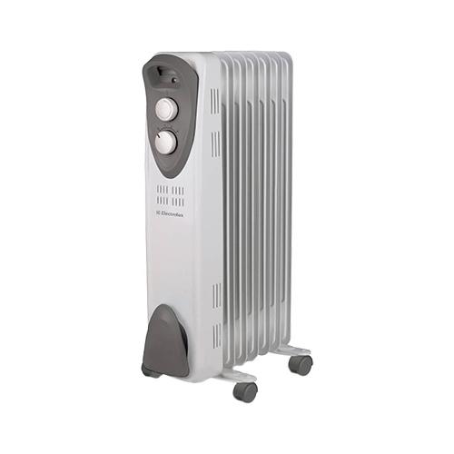 Масляный радиатор Electrolux EOH/M-3105Обогреватели<br><br><br>Тип: масляный радиатор<br>Максимальная мощность обогрева: 1000 Вт<br>Площадь обогрева, кв.м: 15<br>Количество секций: 5<br>Отключение при перегреве: есть<br>Отключение при опрокидывании: есть<br>Каминный эффект : есть<br>Управление: механическое<br>Регулировка температуры: есть<br>Термостат: есть