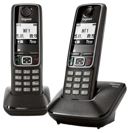 Радиотелефон Gigaset A420 DUO BlackРадиотелефон Dect<br><br><br>Тип: Радиотелефон<br>Количество трубок: 2<br>Рабочая частота: 1880-1900 МГц<br>Стандарт: DECT/GAP<br>Радиус действия в помещении / на открытой местност: 50 /300<br>Возможность набора на базе: Нет<br>Проводная трубка на базе : Нет<br>Время работы трубки (режим разг. / режим ожид.): 20 / 240<br>Дисплей: на трубке (монохромный с подсветкой), 1 строка<br>Подсветка кнопок на трубке: Есть