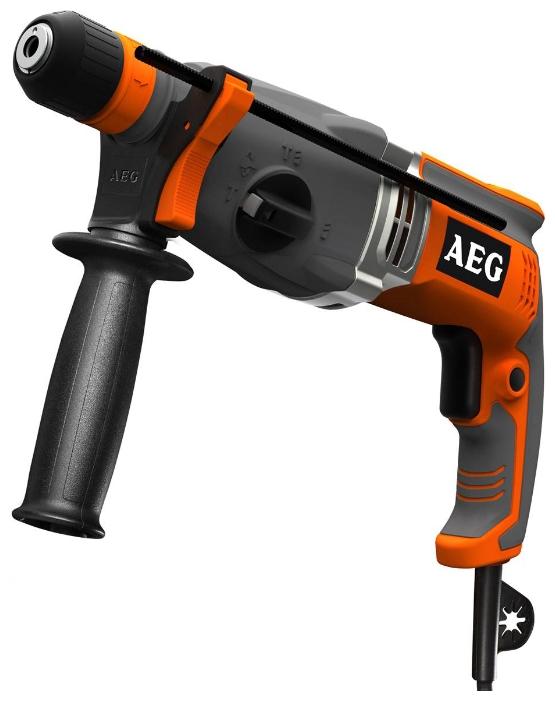 Перфоратор AEG 428180 KH 26 EПерфораторы<br>Перфоратор AEG KH 26 E 428180 - это удобный трехрежимный электроинструмент. Область применения - сверление, бурение и долбление материалов из дерева, бетона и металла. С помощью нажатия на клавишу пуска можно изменять рабочую скорость инструмента, в зависимости от обрабатываемых материалов и характера выполняемых работ.<br><br>Тип крепления бура: SDS-Plus<br>Количество скоростей работы: 1<br>Потребляемая мощность: 800 Вт<br>Макс. энергия удара: 2.5 Дж<br>Макс. диаметр сверления (дерево): 30 мм<br>Макс. диаметр сверления (металл): 13 мм<br>Макс. диаметр сверления (бетон): 26 мм<br>Питание: от сети<br>Шуруповерт: есть<br>Возможности: реверс, предохранительная муфта, фиксация шпинделя, электронная регулировка частоты вращения