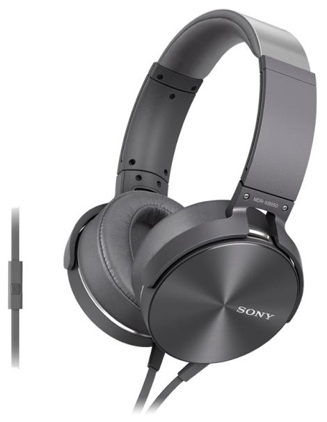 Наушники Sony MDR-XB950AP/HНаушники и гарнитуры<br>Sony MDR-XB950AP/H: задайте музыке верное направление!<br>Управляй своей музыкой, задавая ей верное направление! Тем более, что это так легко с наушниками Sony MDR-XB950AP/H. Разработчики этой модели создали чашки со специальной вращающейся конструкцией, так что теперь вы запросто зададите им любое положение. Затем немного отрегулируйте оголовье под свой размер головы, и приступайте к прослушиванию музыки!<br>Уменьшайте или увеличивайте громкость, музыка в любом случае будет звучать отлично. Ведь звуковой диапазон этой модели — от 3 до 28000 Гц! Прибавьте к этому еще...<br><br>Тип: гарнитура<br>Тип акустического оформления: Закрытые<br>Вид наушников: Мониторные<br>Тип подключения: Проводные<br>Номинальная мощность мВт: 1000 мВт<br>Диапазон воспроизводимых частот, Гц: 3 - 28000 Гц<br>Сопротивление, Импеданс: 24 Ом<br>Чувствительность дБ: 106 дБ/мВт<br>Микрофон: есть