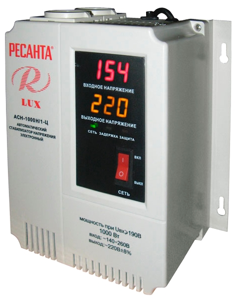 Стабилизатор напряжения Ресанта LUX АСН-1000Н/1-ЦСтабилизаторы напряжения<br>Тот, кто ценит свои деньги и время, приобретает настенный стабилизатор ресанта ACH-500Н/1-Ц! Если вы заведёте в вашем доме такое оборудование, вам больше не надо будет опасаться скачков напряжения и коротких замыканий. Бытовая техника благодаря этому устройству прослужит вам вам гораздо дольше и безо всяких поломок. Таким образом, настенный стабилизатор ресанта ACH-500Н/1-Ц поможет вам ощутимо сэкономить.<br><br>Тип: стабилизатор напряжения