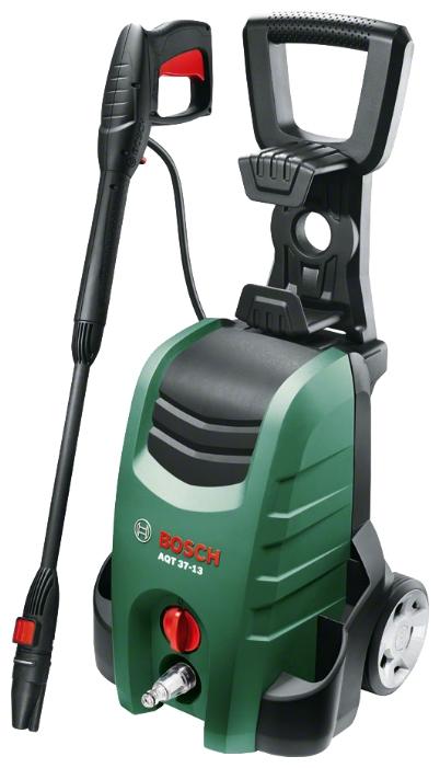 Мойка высокого давления Bosch AQT 37-13 [06008A7200]Мойки высокого давления<br>Bosch AQT 37-13 — это надежная конструкция для дополнительного увеличения производительности и универсального применения<br><br>Потребительские преимущества<br>- Оптимальная мощность для выполнения любой задачи по очистке<br>- Увеличение эффективности очистки благодаря инновационной насадке 3-в-1<br>- Множество дополнительных опций благодаря широкому спектру принадлежностей — для выполнения любых задач по очистке<br><br>Основные преимущества<br>- Энергоэффективность благодаря функции автоматического отключения<br>- Простота использования благодаря быстродействующим...<br><br>Давление, Бар: 130<br>Производительность, л/час: 370<br>Насадки: стандартная<br>Шланг ВД: длина 6 м