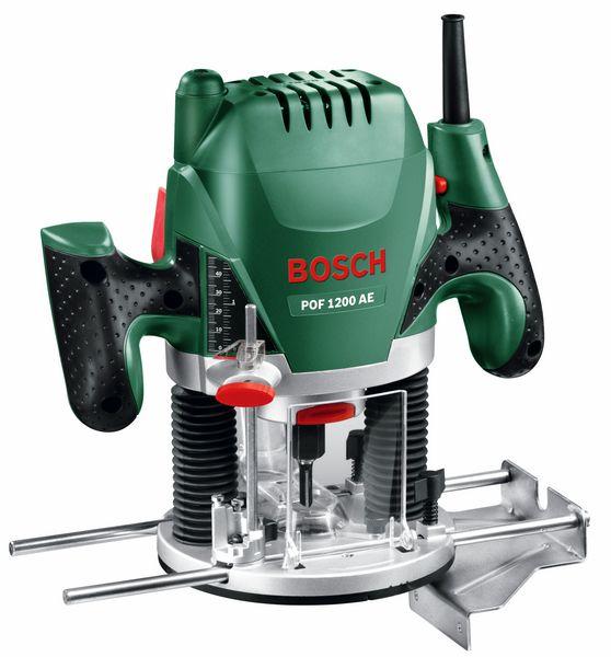 Фрезер Bosch POF 1200 AE [060326A100]Фрезеры<br>Высокая производительность и точность для креативной обработки древесины<br><br>Потребительские преимущества<br>- Установка частоты вращения в зависимости от материала благодаря электронному управлению Bosch с помощью регулировочного колёсика и выключателя с функцией акселератора<br>- Быстрая и простая замена фрезы благодаря встроенной блокировке шпинделя<br>- Система Bosch-SDS обеспечивает простую установку копировальной втулки без использования дополнительного инструмента<br><br>Дополнительные преимущества<br>- Двигатель мощностью 1200 Вт для выполнения с...<br><br>Мощность Вт: 1200<br>Скорость вращения: 28000 об/мин<br>Максимальная глубина фрезерования: 55 мм<br>Минимальный диаметр патрона (цанги): 6 мм<br>Максимальный диаметр патрона (цанги): 8 мм<br>Регулировка скорости вращения фрезы: есть<br>Ограничитель глубины сверления: есть<br>Питание: от сети