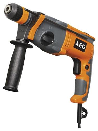 Перфоратор AEG 443785 KH 27 EПерфораторы<br>Перфоратор AEG KH 26 E 428180 - это удобный трехрежимный электроинструмент. Область применения - сверление, бурение и долбление материалов из дерева, бетона и металла. С помощью нажатия на клавишу пуска можно изменять рабочую скорость инструмента, в зависимости от обрабатываемых материалов и характера выполняемых работ.<br><br>Тип крепления бура: SDS-Plus<br>Количество скоростей работы: 1<br>Потребляемая мощность: 825 Вт<br>Макс. энергия удара: 3 Дж<br>Макс. диаметр сверления (дерево): 30 мм<br>Макс. диаметр сверления (металл): 13 мм<br>Макс. диаметр сверления (бетон): 26 мм<br>Питание: от сети<br>Шуруповерт: есть<br>Возможности: реверс, предохранительная муфта, электронная регулировка частоты вращения