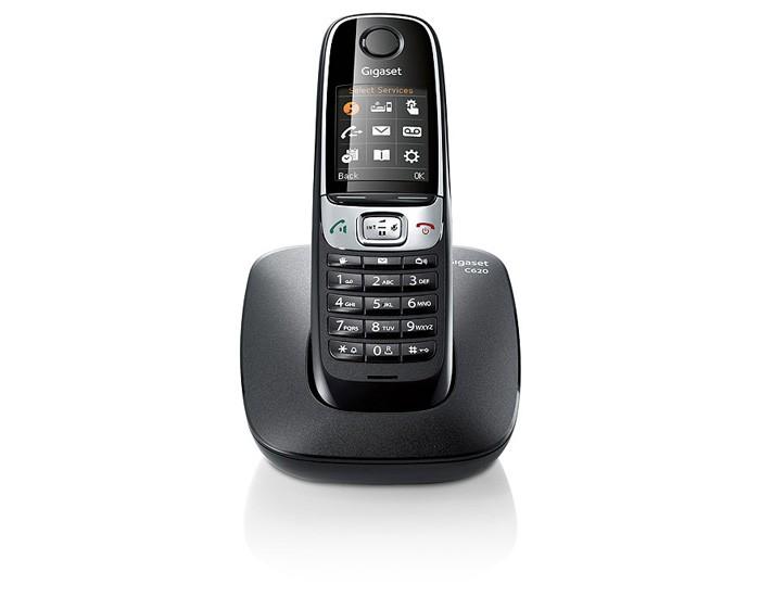 Радиотелефон Gigaset C620 Shiny BlackРадиотелефон Dect<br><br><br>Тип: Радиотелефон<br>Количество трубок: 1<br>Стандарт: DECT/GAP<br>Радиус действия в помещении / на открытой местност: 50 / 300<br>Время работы трубки (режим разг. / режим ожид.): 26 / 530<br>Дисплей: есть