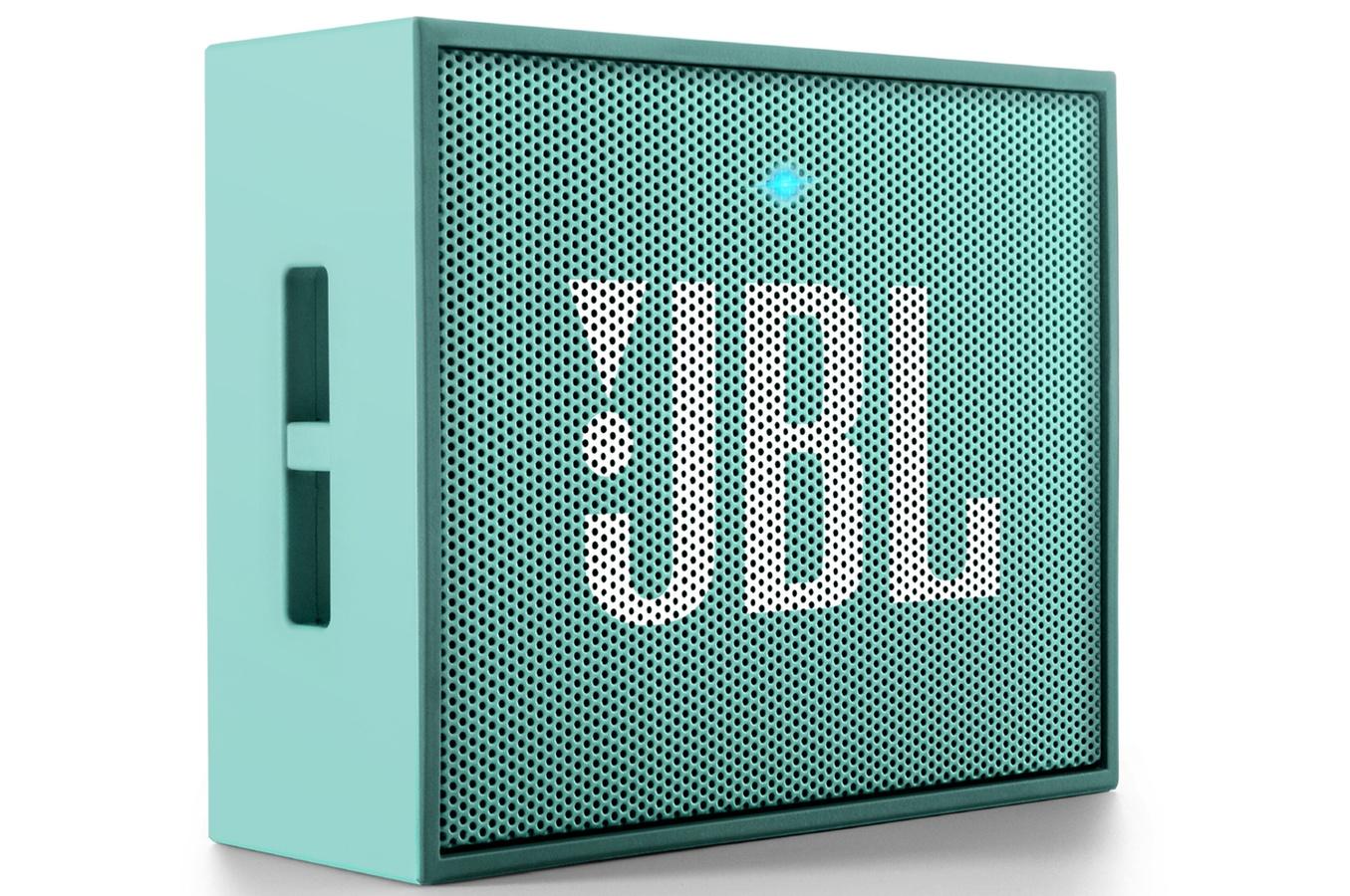 Акустическая система JBL Go TealАкустические системы<br><br><br>Тип: Беспроводные колонки<br>Состав комплекта: портативное аудио<br>Количество полос: 1<br>Мощность, Вт: 3 Вт<br>Диапазон воспроизводимых частот: 180 - 20000 Гц<br>Интерфейсы: линейный (разъем mini jack), Bluetooth