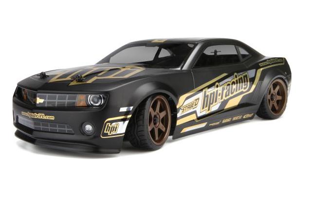 Автомобиль для дрифта HPI Sprint 2 Drift Camaro 4WDИгрушечные машинки и техника<br>Краткий обзор модели:<br>•&amp;nbsp;&amp;nbsp;&amp;nbsp;&amp;nbsp;Официально лицензированный матово – черный кузов Chevrolet Camaro 2010;<br>•&amp;nbsp;&amp;nbsp;&amp;nbsp;&amp;nbsp;Аккумулятор и зарядное устройство уже в комплекте;<br>•&amp;nbsp;&amp;nbsp;&amp;nbsp;&amp;nbsp;Удобная современная радиоаппаратура 2,4 ГГц;<br>•&amp;nbsp;&amp;nbsp;&amp;nbsp;&amp;nbsp;Водонепроницаемый электронный регулятор скорости SP-15WP с поддержкой LiPo;<br>•&amp;nbsp;&amp;nbsp;&amp;nbsp;&amp;nbsp;Влагозащищенная серво руля SF-10W;<br>•&amp;nbsp;&amp;nbsp;&amp;nbsp;&amp;nbsp;Герметичный бокс приемника;<br>•&amp;nbsp;&amp;nbsp;&amp;nbsp;&amp;nbsp;Алюминиевые детали шасси с оранжевым анодированием;<br>•&amp;nbsp;&amp;nbsp;&amp;nbsp;&amp;nbsp;Официально лицензированные диски Rays/Volk TE37 с выносом 6 мм;<br>•&amp;nbsp;&amp;nbsp;&amp;nbsp;&amp;nbsp;Настраиваемая...<br>