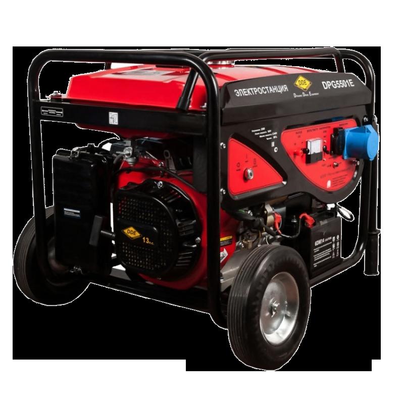 Электрогенератор DDE DPG5501EЭлектрогенераторы<br><br><br>Тип электростанции: бензиновая<br>Тип запуска: ручной, электрический<br>Число фаз: 1 (220 вольт)<br>Объем двигателя: 389 куб.см<br>Мощность двигателя: 13 л.с.<br>Тип охлаждения: воздушное<br>Объем бака: 25 л<br>Тип генератора: синхронный<br>Класс защиты генератора: IP23<br>Активная мощность, Вт: 5000