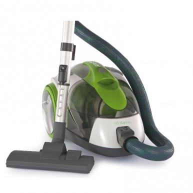 Пылесос Ariete 2791/3 Eco PowerПылесосы<br>Пылесос Ariete 2791/3 Eco Power – это эффективная работа и простота использования. Циклонная технология – особенность этого пылесоса. Благодаря ей он отлично всасывает пыль, делая ваш дом чистым и уютным. Еще одна особенность – НЕРА-фильтр, который улавливает мельчайшие частицы пыли, эффективно справляясь со своей задачей. Не любите пылесосить? С этой техникой вы по-новому взглянете на нелюбимую процедуру – она станет простой и необременительной.<br><br>Купить Ariete 2791/3 – сделать правильный выбор. В комплекте этого пылесоса насадки для пола и ковра, щелевая...<br><br>Тип: Пылесос<br>Потребляемая мощность, Вт: 700<br>Мощность всасывания, Вт: 210Уборка<br>Тип уборки: Сухая<br>Регулятор мощности на корпусе: Нет<br>Длина сетевого шнура, м: 5<br>Пылесборник: Циклонный фильтр