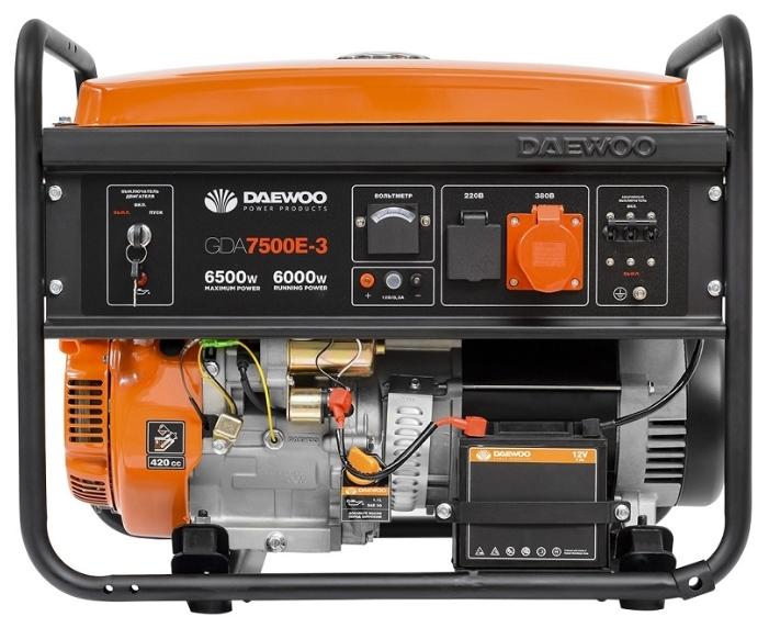 Электрогенератор Daewoo GDA 7500E-3Электрогенераторы<br><br><br>Тип электростанции: бензиновая<br>Тип запуска: ручной, электрический<br>Число фаз: 3 (380/220 вольт)<br>Объем двигателя: 420 куб.см<br>Мощность двигателя: 15 л.с.<br>Тип охлаждения: воздушное<br>Объем бака: 26 л<br>Активная мощность, Вт: 6000<br>Защита от перегрузок: есть<br>Описание: розетка 380 В