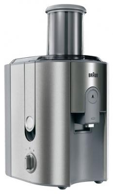 Соковыжималка Braun J700 Multiquick 7Соковыжималки<br>Braun J700 Multiquick 7: витамины круглый год!<br>Соковыжималка Braun J700 Multiquick 7 хороша собой со всех сторон: и дизайном, и качеством, и отличной функциональностью. Две скорости, защита от случайного нажатия, резервуар для сока на 1,25 л, сепаратор для пены — у этой соковыжималки есть все необходимое для того, чтобы вы максимально быстро могли приготовить вкусный домашний сок из ваших любимых фруктов. Точнее, готовить будет соковыжималка, вам же нужно лишь загрузить в нее фрукты и нажать на кнопку. Все очень просто, быстро и потрясающе вкусно!<br>Такую соковыжималку...<br><br>Тип   : соковыжималка<br>Мощность, Вт.: 1000 Вт<br>Резервуар для сока: 1.25 л<br>Система прямой подачи сока: Есть<br>Сбор мякоти: автоматический выброс мякоти, объем резервуара 2 л<br>Сепаратор для пены: Есть<br>Защитные функции: защита от случайного включения<br>Количество скоростей: 2<br>Размер горловины: 75 мм