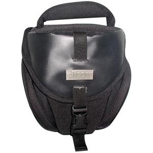 Кофр Dicom ProTex S1530 черныйСумки, рюкзаки и чехлы<br>Компактная и удобная сумка, изготовленная из гладкого водонепроницаемого нейлона, особая текстура которого препятствует ее быстрому загрязнению. Сумка предназначена для транспортировки небольшой зеркальной фотокамеры, дополнительного объектива и аксессуаров. Двойная подкладка обеспечивает надежную защиту оборудования от механических воздействий. Для транспортировки предусмотрены ручка и плечевой ремень с мягкой подкладкой.<br><br>Тип: чехол
