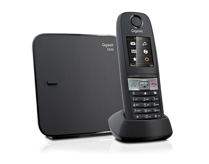 Радиотелефон Gigaset E630 BlackРадиотелефон Dect<br><br><br>Тип: Радиотелефон<br>Количество трубок: 1<br>Стандарт: DECT/GAP<br>Радиус действия в помещении / на открытой местност: 50/300<br>Возможность набора на базе: Нет<br>Проводная трубка на базе : Нет<br>Время работы трубки (режим разг. / режим ожид.): 14/300<br>Дисплей: есть<br>Журнал номеров: 20