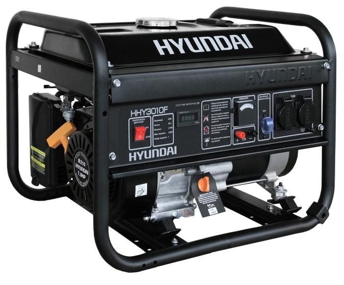 Электрогенератор Hyundai HHY3010FЭлектрогенераторы<br>Бензиновый генератор Hyundai HHY3010F — компактная и мощная электростанция, предназначенная для использования в качестве резервного источника энергоснабжения. Благодаря мощному и надежному двигателю, а также великолепным техническим характеристикам этот генератор может использоваться в интенсивном режиме и практически в любой сфере деятельности.<br>Простое управление и отсутствие необходимости в трудоемком обслуживании делают эту установку крайне привлекательной для рядовых пользователей — Hyundai HHY3010F относится к серии «домашних» бензиновых...<br><br>Тип электростанции: бензиновая<br>Тип запуска: ручной<br>Число фаз: 1 (220 вольт)<br>Объем двигателя: 212 куб.см<br>Мощность двигателя: 7 л.с.<br>Тип охлаждения: воздушное<br>Объем бака: 12 л<br>Активная мощность, Вт: 2700<br>Защита от перегрузок: есть