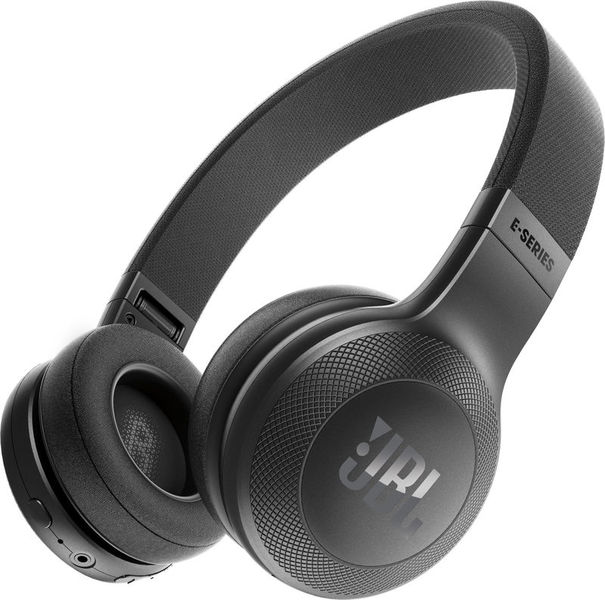 Наушники JBL E 45 BlackНаушники и гарнитуры<br><br><br>Тип: наушники<br>Тип подключения: Беспроводные<br>Диапазон воспроизводимых частот, Гц: 20-20000<br>Сопротивление, Импеданс: 32 Ом<br>Микрофон: есть