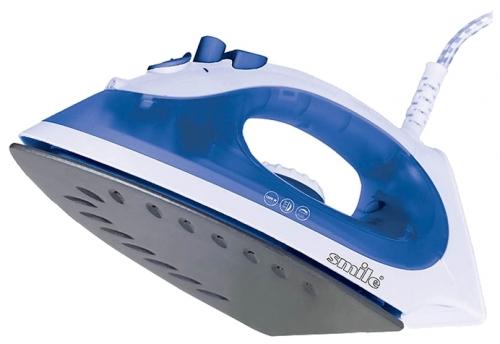 Утюг Smile SI 1810Утюги и гладильные системы<br><br><br>Тип : Утюг<br>Мощность, Вт: 1600<br>Постоянная подача пара: Есть<br>Материал подошвы: Антипригарное покрытие<br>Функция разбрызгивания: Есть<br>Автоматическое отключение: Нет<br>Противокапельная система: Нет<br>Объём резервуара для воды, мл: 90<br>Шаровое крепление шнура: Есть