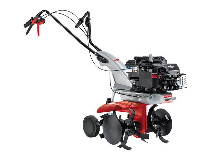 Культиватор AL-KO MH 5005 RМотоблоки и культиваторы<br><br><br>Тип: культиватор<br>Объем топливного бака: 1.0 л<br>Ширина обработки почвы: 500 мм<br>Глубина вспахивания: 200 мм<br>Тип двигателя: бензиновый<br>Мощность двигателя: 5.5 л.с.<br>Тип редуктора: червячный<br>Количество передач: 1 вперед/1 назад<br>Описание: None