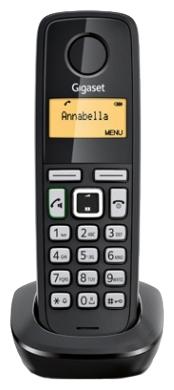 Дополнительная трубка Gigaset A220HРадиотелефон Dect<br>Gigaset a220h &amp;mdash; выгодное вложение.<br><br><br>  <br><br><br>Самое время расширить вашу телефонную базу и приобрести дополнительную радиотрубку Gigaset a220h! Вы только посмотрите, какая у нее привлекательная цена, великолепное качество и отличный функционал! Такой телефон займет почетное место и у вас дома, и, конечно же, в вашем рабочем офисе. Хотите узнать поподробнее, что он умеет?<br><br><br>  <br><br><br>Интерком (или внутренняя связь), телефонная книга на 50 номеров, громкая связь, автоматический определитель номера, возможность подключения до 4 дополнительных трубок — полный набор...<br><br>Тип: Дополнительная радиотрубка<br>Количество трубок: 1<br>Стандарт: DECT/GAP<br>Радиус действия в помещении / на открытой местност: 50 / 300<br>Возможность набора на базе: Нет<br>Проводная трубка на базе : Нет<br>Время работы трубки (режим разг. / режим ожид.): 18 / 200 ч<br>Полифонические мелодии: 10<br>Дисплей: на трубке (монохромный с подсветкой), 1 строка<br>Журнал номеров: 25
