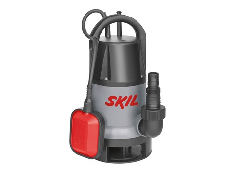 Насос Skil 0810 RA [F0150810RA]Насосы<br>Погружной насос Skil 0810 – идеальный инструмент для слива, откачивания и перекачивания грязной воды, например, в затопленных подвалах или небольших прудах. Благодаря высокой производительности насос способен быстро перекачать большие объемы воды со скоростью до 8500 литров в час. В зависимости от выполняемой задачи поплавковый выключатель приводится в действие вручную или автоматически. Инструмент поставляется с универсальным разъемом для шланга.<br><br>- Удобные функции для повышения комфорта работы<br>Поплавковый выключатель автоматически включает...<br><br>Глубина погружения: 7 м<br>Максимальный напор: 5 м<br>Напряжение сети: 220/230 В<br>Потребляемая мощность: 500 Вт<br>Качество воды: грязная<br>Размер фильтруемых частиц: 35 мм<br>Установка насоса: вертикальная