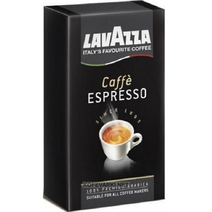 Кофе молотый Lavazza Espresso 250 гКофе, какао<br>Кофе Lavazza Espresso молотый представляет собой изысканную смесь, состоящую на 100% из арабики, выращенной в Центральной Америке и Африке. Кофейные зерна с плантаций этих регионов сообщают готовому напитку великолепный вкус и изящный аромат. Средняя обжарка зерен раскрывает все богатство ароматов бленда. Вакуумная упаковка объемом 250 гр, в которой поставляется итальянский кофе Лавацца Эспрессо, гарантирует сохранность всех вкусовых качеств смеси.<br><br>Тип: кофе молотый<br>Обжарка кофе: средняя<br>Состав: 100% Арабика<br>Дополнительно: 100% Арабика. Упаковка вакуумная