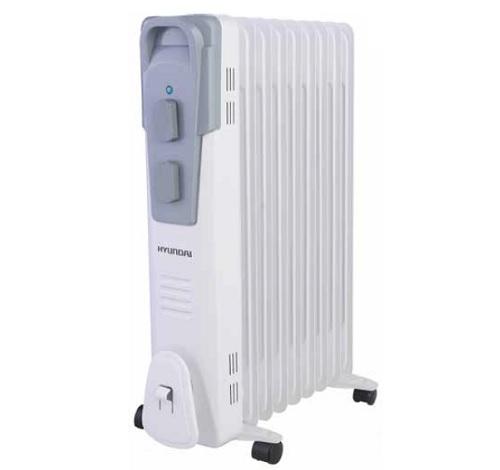 Масляный радиатор Hyundai H-HO1-09-UI9004Обогреватели<br>Маслонаполненные радиаторы Hyundai серии Polus имеют классический типоразмер секций и ступенчатое переключение мощности нагрева. Контроль работы устройства осуществляется при помощи высокоточного термостата, выполненного на основе медного сплава. Широкий модельный ряд &amp;#40;от 7 до 11 секций&amp;#41; позволяет подобрать радиатор, ориентируясь именно на ваши потребности.<br><br>Радиаторы серии Plus не требуют монтажа, имеют отсек для хранения шнура питания, удобную ручку для переноски и специальные колесики для транспортировки, что обеспечивает дополнительный...<br><br>Тип: масляный радиатор<br>Максимальная мощность обогрева: 2000<br>Площадь обогрева, кв.м: 22<br>Количество секций: 9<br>Габариты: 630х250х425 мм