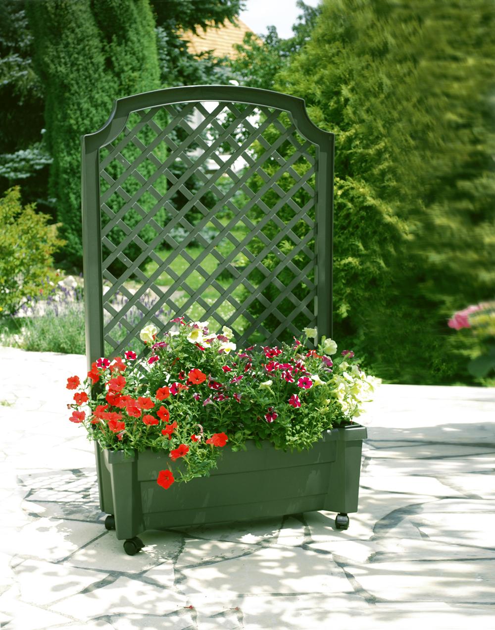 Ящик для растений KHW Калипсо GreenСадовые конструкции<br><br><br>Тип: ящик для растений<br>Объем, л: 42<br>Материал : полипропилен<br>Шпалера в комплекте: есть<br>Колеса: есть