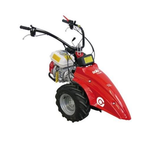 Сенокосилка AL-KO Solo by 532Газонокосилки и триммеры<br><br><br>Тип: сенокосилка<br>Тип двигателя: бензиновый<br>Обороты двигателя: 3 600 об/мин<br>Ширина скашивания, см: 117<br>Уровень шума: 104 Дб<br>Мощность двигателя (Вт): 3600<br>Объем двигателя: 140 куб.см