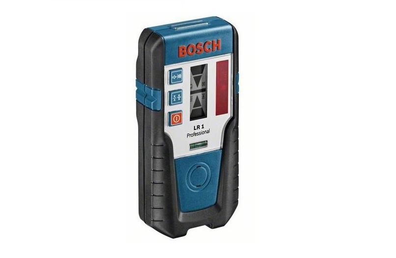Приемник лазерного излучения Bosch LR1 [0601015400]Измерительные инструменты<br>Широкая область применения благодаря принадлежностям<br>- Практичный приёмник для наружных и внутренних работ с дальностью действия до 200 м в комбинации с ротационными лазерами GRL 400 H Professional и GRL 300 HV Professional<br>- Световая и звуковая индикация уровня лазерного луча<br>- Защита от пыли и водяных брызг &amp;#40;IP 65&amp;#41;<br>- Магниты на верхней стороне для надежного крепления<br>- 2 ступени точности измерения<br>- 3-ступенчатый динамик<br>- Универсальное крепление для фиксации измерительных реек<br>- Магниты для выполнения потолочных работ<br>- Надежный корпус с резиновым покрытием<br>- Автоматическое...<br>