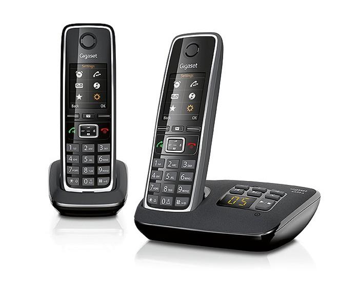 Радиотелефон Gigaset C530 A DUO BlackРадиотелефон Dect<br>Радиотелефон gigaset c530 a duo black брендового производителя – мечта каждого современного пользователя. Его прекрасный дизайн с закругленными краями не оставляет равнодушным. Наличие двух трубок обеспечивает комфортное пользование, как в условиях дома, так и вне помещений. Радиотелефон c530 a duo black поддерживает стандарт DECT/GAP. Радиотелефон обеспечит комфортное ведение даже самых длительных переговоров в течение 14 часов. В журнале номеров сохраняются около 20 телефонных номеров. Набор необходимого телефонного номера необходимо выполнять непосредс...<br><br>Тип: Радиотелефон<br>Количество трубок: 2<br>Стандарт: DECT/GAP<br>Возможность набора на базе: Нет<br>Проводная трубка на базе : Нет<br>Время работы трубки (режим разг. / режим ожид.): 14/300<br>Дисплей: есть<br>Журнал номеров: 20