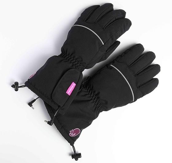 Перчатки с подогревом Pekatherm GU920LЭлектрогрелки и электроодеяла<br>Перчатки с подогревом Pekatherm GU920 - ваше оружие против холода! Перчатки отлично подходят как для прогулки, так и для активного отдыха, сохраняя руки в тепле даже в самый сильный мороз! <br><br>Каждому знакома ситуация, когда зимой руки мёрзнут так, что даже пальцы перестаёшь чувствовать, а зимние перчатки, какими бы теплыми они на первый взгляд ни казались, далеко не всегда справляются с морозом. К счастью, у Pekatherm есть решения для подобного случая!<br>Перчатки с подогревом - это высококачественные зимние перчатки, которые одинаково хорошо подойдут как для ...<br><br>Тип: перчатки с подогревом<br>Напряжение: 4,5V (одноразовые) / 3,6V (заряжающиеся) / 7,4V (СР951)<br>Материал: 100% полиэстер<br>Макс. температура: до 65°<br>Мощность: 8W