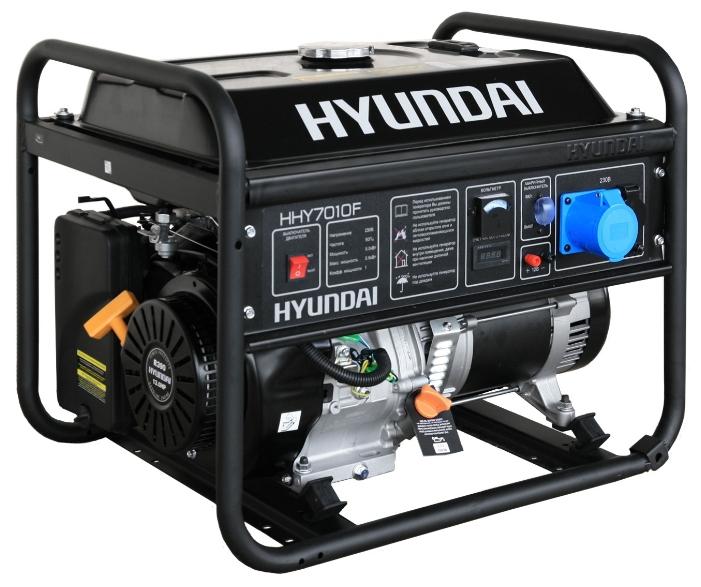 Электрогенератор Hyundai HHY7010FЭлектрогенераторы<br>Бензиновый генератор Hyundai HHY7010F — компактная и мощная электростанция, предназначенная для использования в качестве резервного источника энергоснабжения. Благодаря мощному и надежному двигателю, а также великолепным техническим характеристикам этот генератор может использоваться в интенсивном режиме и практически в любой сфере деятельности.<br>Простое управление и отсутствие необходимости в трудоемком обслуживании делают эту установку крайне привлекательной для рядовых пользователей — Hyundai HHY7010F относится к серии «домашних» бензиновых...<br><br>Тип электростанции: бензиновая<br>Тип запуска: ручной<br>Число фаз: 1 (220 вольт)<br>Объем двигателя: 389 куб.см<br>Мощность двигателя: 13 л.с.<br>Тип охлаждения: воздушное<br>Объем бака: 25 л<br>Активная мощность, Вт: 5000<br>Защита от перегрузок: есть