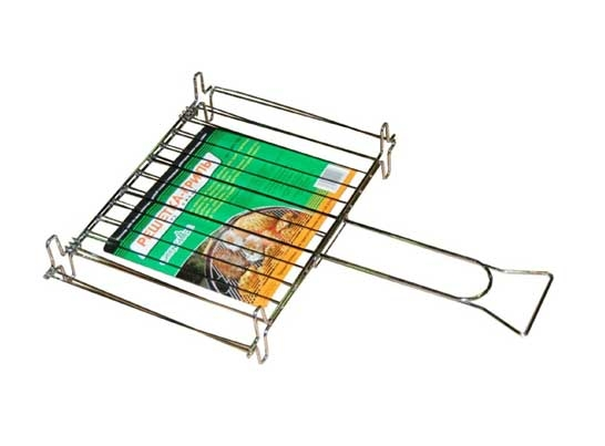 Решетка-гриль Green Glade 728Мангалы, барбекю, гриль<br>Двойная решетка для гриля Green glade 728 идеально подходит для загородного отдыха. Обеспечивает быстроту и удобство приготовления. Имеет двойную конструкцию и кольцо для надежного прижима продуктов. Изделие изготовлено из качественного материала, легко моется. Имеет длинную ручку и устойчиво стоит на ножках.<br>