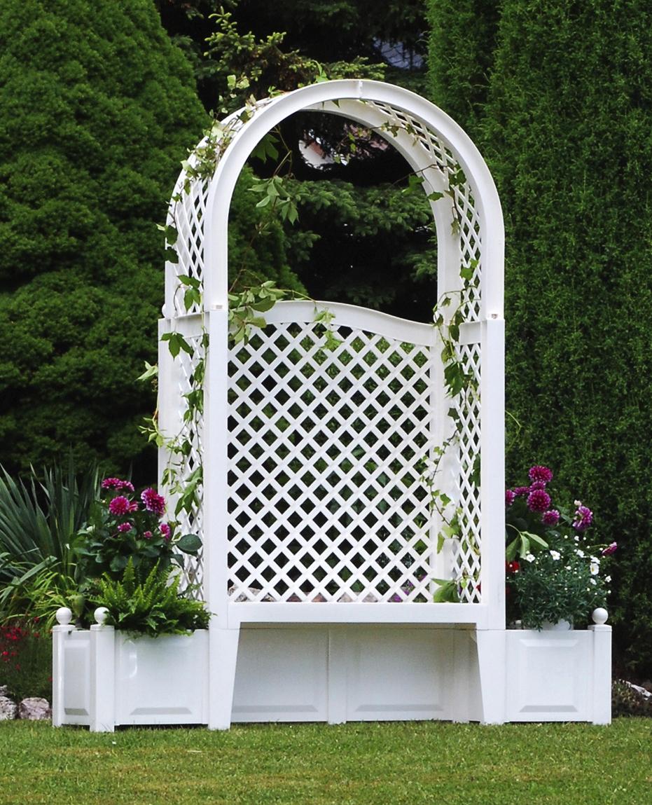 Садовая скамейка KHW Амстердам 43801 WhiteСадовые конструкции<br>Скамья KHW Амстердам 43801 идеально подойдет для благоустройства дачного или садового участка. Выполненный из полипропилена каркас гарантирует долговечность конструкции, но при этом небольшой размер в собранном состоянии и удобство при транспортировке. В двух клумбах, расположенным по бокам, можно посадить красивые цветы, а по арке пустить плющ или декоративный виноград. Рассчитанная на 2-3 человек модель, сделает ваш отдых максимально комфортным и приятным.<br><br>Тип: садовая скамейка<br>Объем, л: 2х44<br>Материал : полипропилен<br>Шпалера в комплекте: есть<br>Ящик для растений: есть