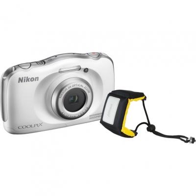 Цифровой фотоаппарат Nikon Coolpix W100 White Holiday kitЦифровые фотоаппараты<br><br><br>Тип: Цифровой Фотоаппарат<br>Стабилизатор изображения: Цифровой<br>Цвет: Белый<br>Кроп фактор: 7.38<br>Тип матрицы: CMOS<br>Размер матрицы: 1/3.1<br>Чувствительность: 125 - 1600 ISO, Auto ISO