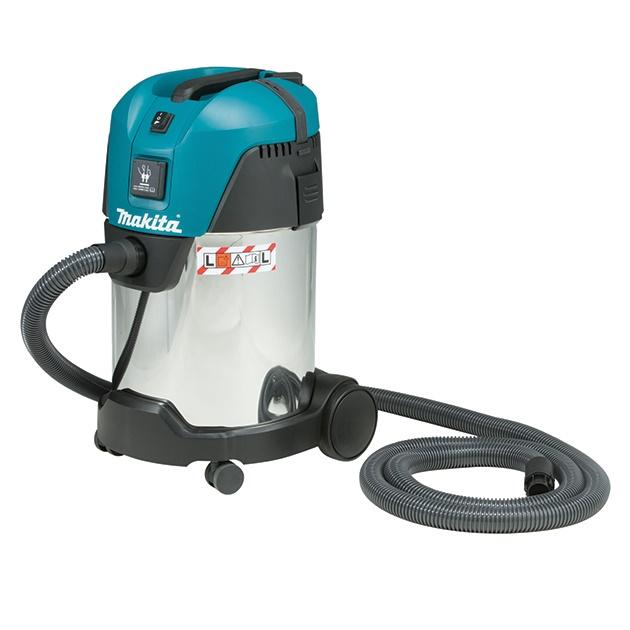 Пылесос Makita VC3011LПылесосы<br>Пылесос Makita VC 3011 L:<br><br>- Работа в режиме сухого и влажного всасывания<br>- 99% эффективность фильтрации обеспечивает чрезвычайно низкий уровень запыленности воздуха - 1 мг/м? или ниже. Класс пыли L &amp;#40;размер частиц &amp;lt; 1 мг/м3&amp;#41;, в соответствии с европейскими стандартами<br>- Пылесос предназначен для уборки производственных помещений<br>- Легкое подключение к электроинструментам компании Makita<br>- Моющийся фильтр из полиэтилентерефталата<br>- Резервуар из нержавеющей стали<br><br>Тип: Строительный пылесос<br>Потребляемая мощность, Вт: 1000<br>Тип уборки: Сухая\влажная<br>Регулятор мощности на корпусе: Есть<br>Пылесборник: Контейнер<br>Емкостью пылесборника : 30 л