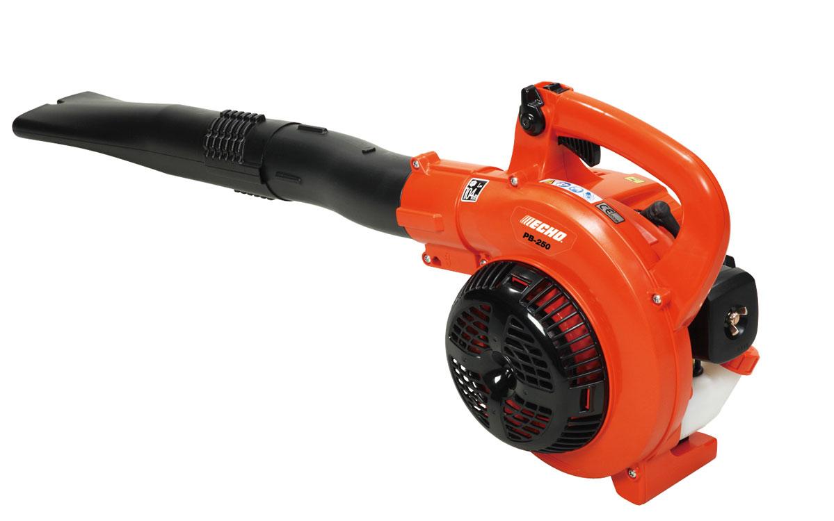 Садовый пылесос ECHO PB-2155Садовые пылесосы<br>- прочная конструкция с кованым коленвалом;<br>- прозрачный бак для определения уровня топлива;<br>- диафрагменный карбюратор для работы в любом положении;<br>- электронная система зажигания;<br>- выключатель с фиксацией;<br>- сгруппированные элементы контроля для простого и безопасного управления;<br>- высококачественный и износостойкий воздушный фильтр;<br>- незначительный уровень шума – 107 дБ.<br><br>Тип: садовый пылесос<br>Потребляемая мощность, Вт: 510<br>Скорость потока воздуха: 53 м/сек<br>Описание: топливный бак 0.5 л. Макс. производительность 570 м3/ч
