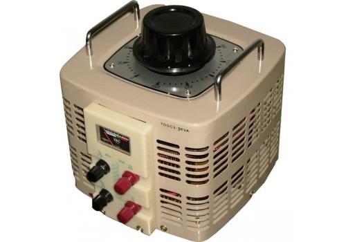 Автотрансформатор Ресанта TDGC2-5К 5kVAСетевые фильтры и стабилизаторы<br>Автотрансформаторы предназначены для плавного регулирования нагрузки и трехфазного напряжения при питании от сети 220 или 380В соответственно, частотой 50Гц.<br><br>Могут использоваться:<br>- в качестве лабораторного автотрансформатора &amp;#40;ЛАТР&amp;#41;;<br>- при наладке и тестировании промышленного и бытового электрооборудования;<br>- для поддержания в ручном режиме номинального напряжения на нагрузке переменного тока промышленного и бытового назначения<br>- при длительном отклонении напряжения сети.<br><br>Тип: автотрансформатор