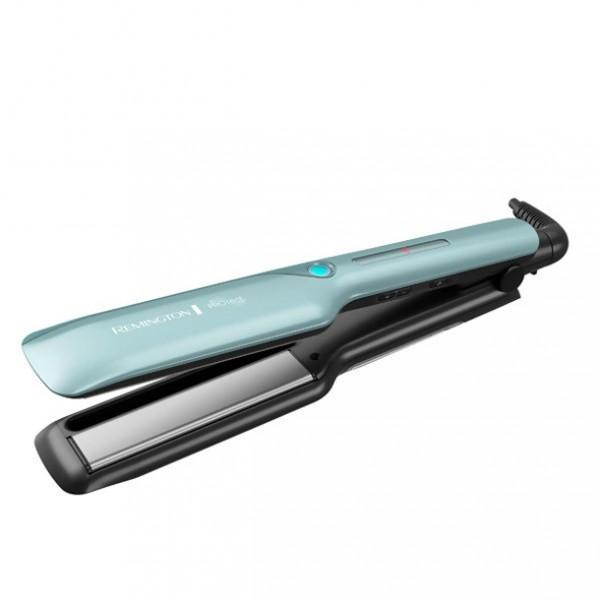 Щипцы Remington S 8700Фены и щипцы<br>- На 68% меньше повреждения волос и прочность укладки на весь день.<br>- Технология HydraCare обеспечивает великолепный баланс между увлажнением и воздействием тепла.<br>- Холодный пар увлажняет волосы и позволяет создавать профессиональную укладку, обеспечивая защиту от тепла.<br>- Усовершенствованные керамические пластины с содержанием Кератина, Арганового масла и масла Макадамии для блеска и здоровья волос.<br>- Цифровой дисплей.<br>- Готовность к работе всего лишь за 15 секунд.<br>- Плавающие пластины 110 мм для эффективности стайлинга.<br><br>Тип: Щипцы<br>Максимальная температура нагрева, С.: 230<br>Подача холодного воздуха: Есть<br>Керамическое покрытие насадок: Есть