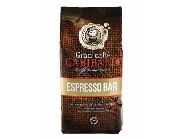 Кофе в зернах Garibaldi Espresso Bar 1 кгКофе, какао<br>Кофе в зернах Garibaldi Espresso Bar, 1кг - ароматный и вкусный кофе с сильным вкусовым оттенком, при приготовленни дает густую пенку.<br><br>Тип: кофе в зернах<br>Степень обжарки: темная<br>Состав: 20% Арабика/ 80% Робуста