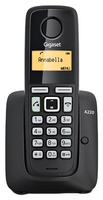 Радиотелефон Gigaset A220 BlackРадиотелефон Dect<br>Если вы ищете недорогой и надежный телефон с функцией громкой связи, обратите свое внимание на модель Gigaset A220. Это беспроводное устройство с эргономичной клавиатурой позволяет переключиться в режим громкой связи нажатием всего одной кнопки. Gigaset A220 можно использовать «из коробки», без сложных процедур настройки. Он предлагает на выбор 10 мелодий звонка, а за его экономичность отвечает энергосберегающая функция Eco Mode Plus.<br><br>Тип: Радиотелефон<br>Количество трубок: 1<br>Стандарт: DECT/GAP<br>Радиус действия в помещении / на открытой местност: 50 / 300<br>Возможность набора на базе: Нет<br>Проводная трубка на базе : Нет<br>Время работы трубки (режим разг. / режим ожид.): 200 /18<br>Полифонические мелодии: 10<br>Дисплей: на трубке (монохромный с подсветкой), 1 строка<br>Журнал номеров: 25